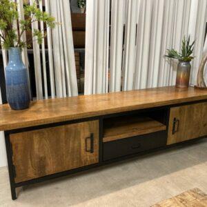 Malaga-tv-meubel-180-1-2-1024x768